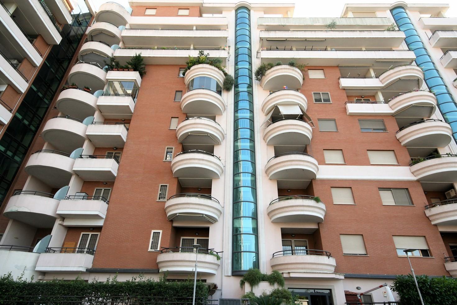 Appartamento Terrazze del Presidente (Axa) - Broker Broker